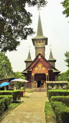 Eine der verschiedenen Holzkirchen