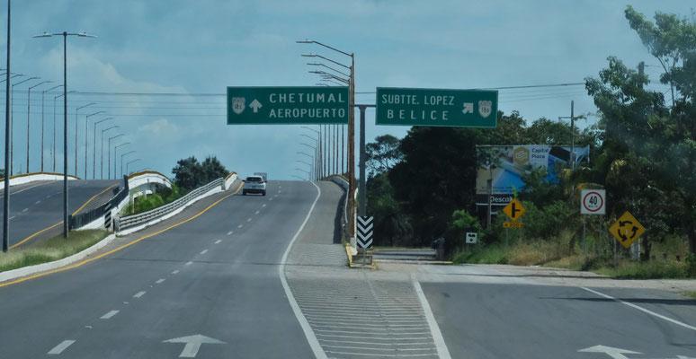 Hier könnten wir über die Grenze nach Belize.