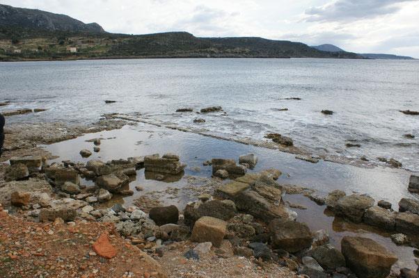 Das Meer hat sich schon eine Menge der Stadt zurückgeholt.....
