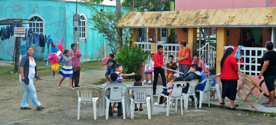 Kinderfest im Dorf