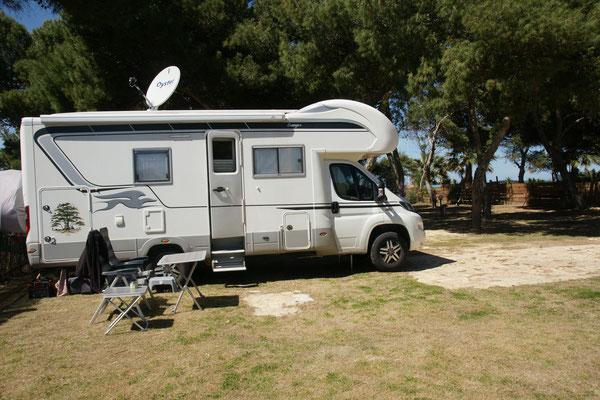Wir sind in freudiger Erwartung auf dem Campingplatz in Spagnola