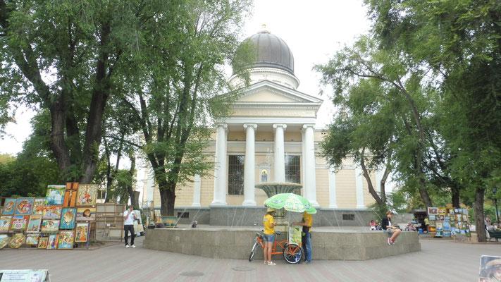 Im Center von Odessa, wir laufen...