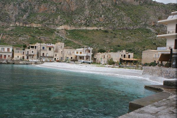Der schöne Strand von Gerolimenas
