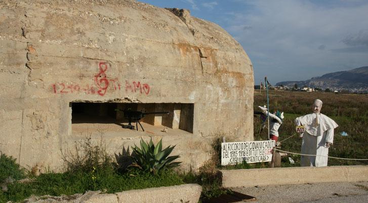 Das Bunker Mahnmal bei den Salinen in Trapani