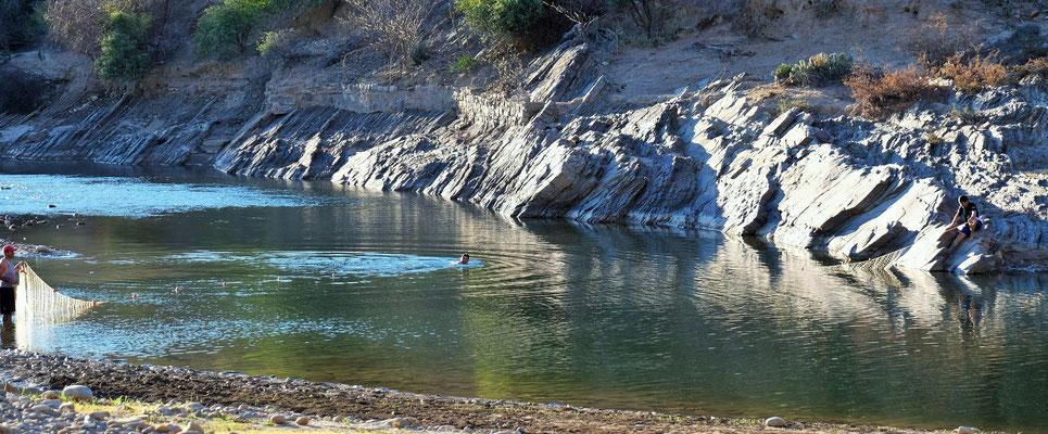 Ein friedliches Plätzchen am Fluss.