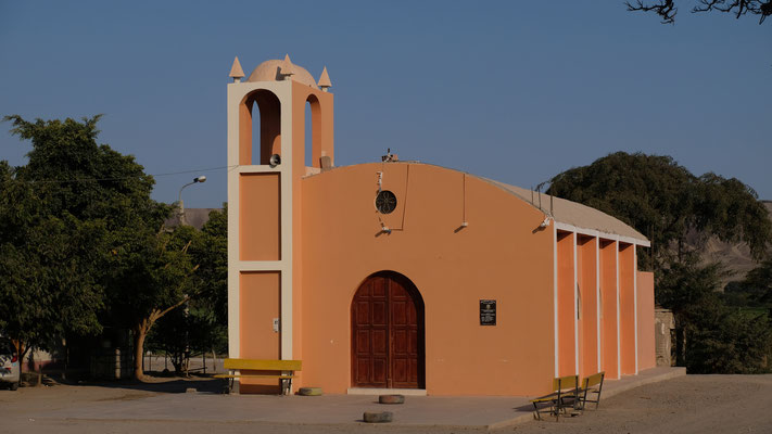 ...und die neue Kirche
