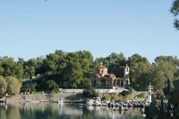 Kirche auf der kleinen Insel