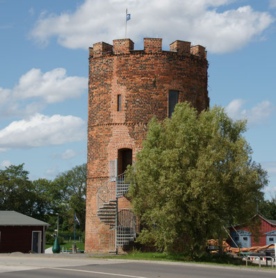 Turm am Fluss Ryck in Greifswald