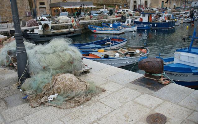 Der Hafen von Castelmmare di Golfo