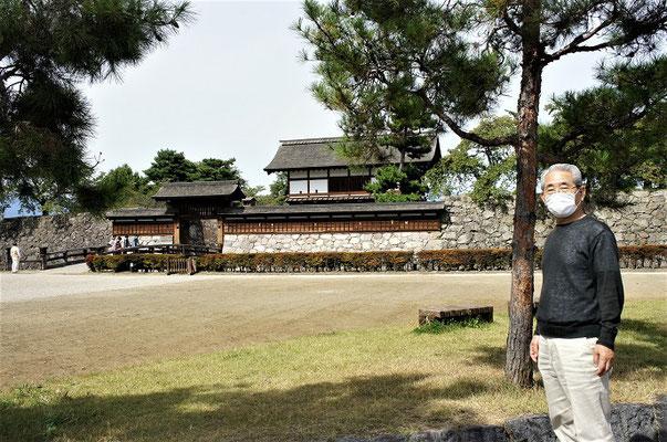 松代城=海津城です。