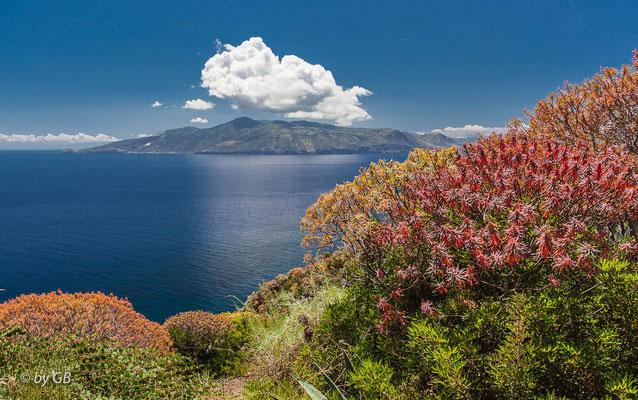 Ein Blick auf die Liparischen Inseln
