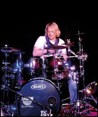 Dirk Brand (Axxis)