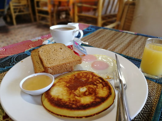 Letztes Frühstück auf Koh Lanta