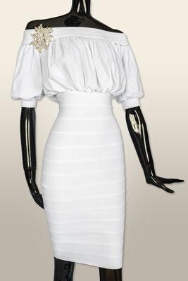 KL 1902 Kleid   XS-L ab 520,-  XL-G 620,-      Brosche im Moment nicht lagernd
