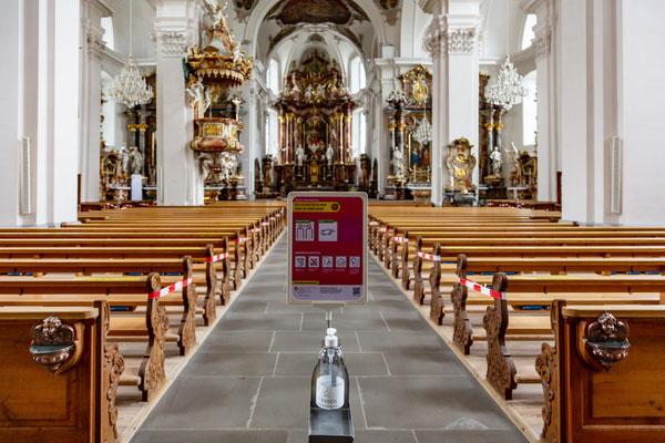 Corona auch in der Kirche St. Martin in Schwyz