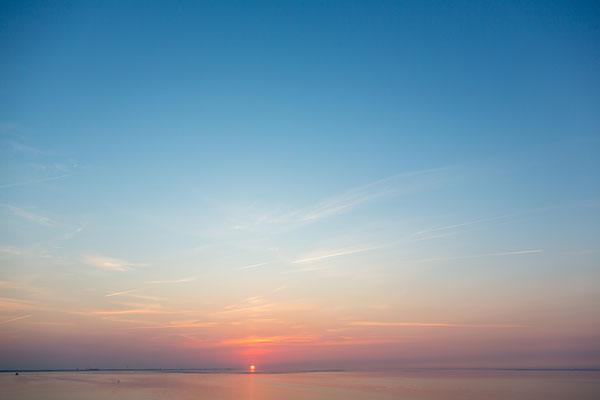 Einziger Sonnenuntergan, noch auf der Elbe