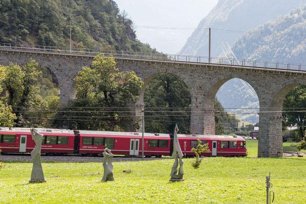 Rhätische Bahn am Kreisviadukt Brusio