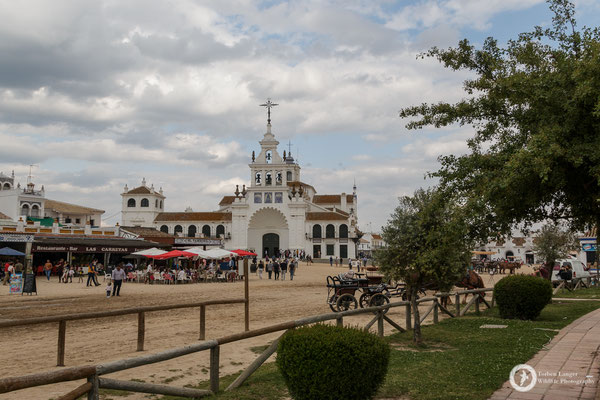 Santuario de Nuestra Señora del Rocío... or whatever