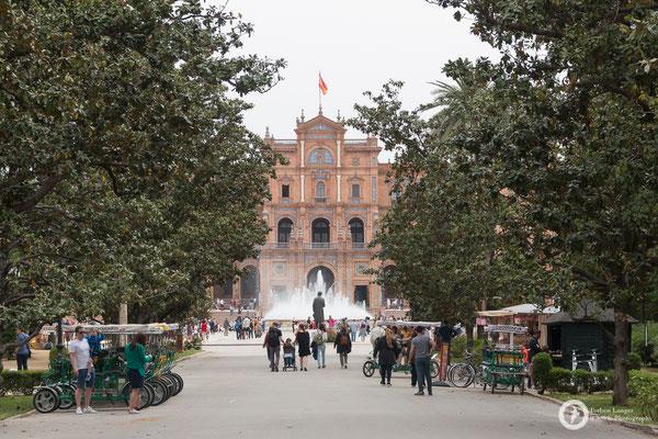 Parque De Maria Luisa in Sevilla