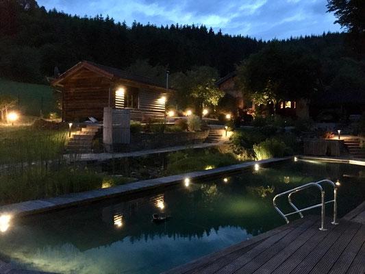 Beleuchtung Gartenanlage mit Sauna und Schwimmteich - Gerolstein / Eifel