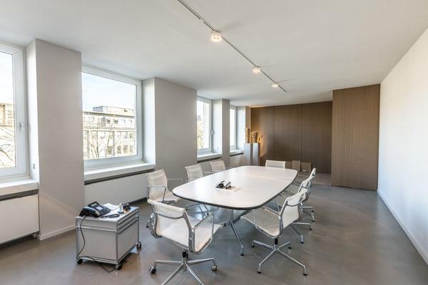 Lichtdesign Beurkundungsraum Notariat Dr. Michaela S. Tschon, Köln
