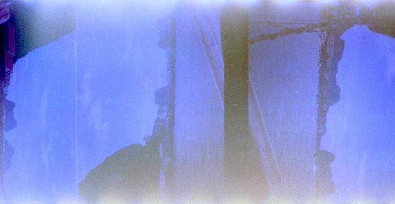 Blue (2014),Analoge Fotografie/Collage,  verschiedene Größen und Kaschierungen verfügbar. (Preis auf Anfrage)