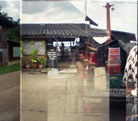 Thai Streets IV (2014), Analoge Fotografie, verschiedene Größen und Kaschierungen verfügbar. (Preis auf Anfrage)