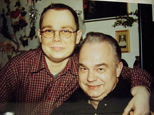 Mein Vater und ich an meinem 30igsten Geburtstag 2002.