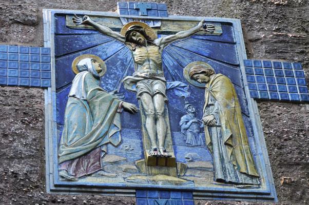 Jésus meurt sur la croix (chemin de croix du Mont Sainte-Odile)