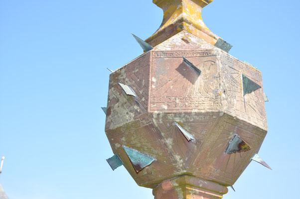 Cadran solaire géographique (Mont Sainte-Odile, Bas-Rhin)