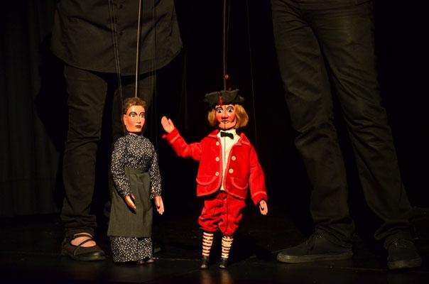 Marionnettes représentant des personnages du folklore picard (Amiens)