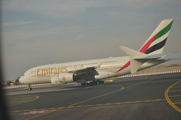 Avion d'Emirates Airlines, aéroport de Dubaï