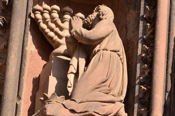 Salomon en prière dans le Temple (cathédrale de Strasbourg)