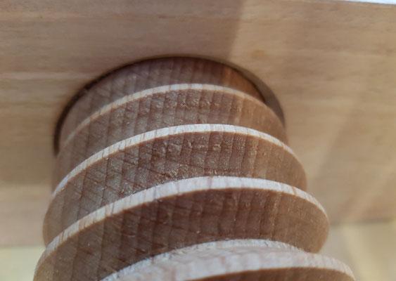 Wooden thread, screw and nut, Spindel, Holzspindel. Neue Holzspindel. Neue Gewindespindel. Hobelbank Eigenbau. DIY workbench.