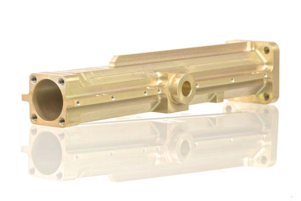 Aluminium gelb-chromatiert; ca. 210x50x50mm
