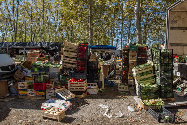 farmers market Girona Spain