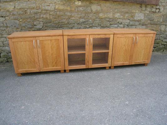 Sideboard aus Birnbaumholz