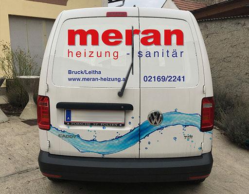 Meran Firmenfahrzeug mit starkem Branding