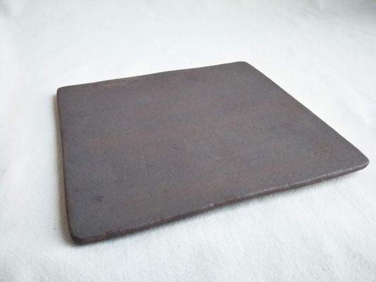 プレート(黒紅)12~13cm角 1980円