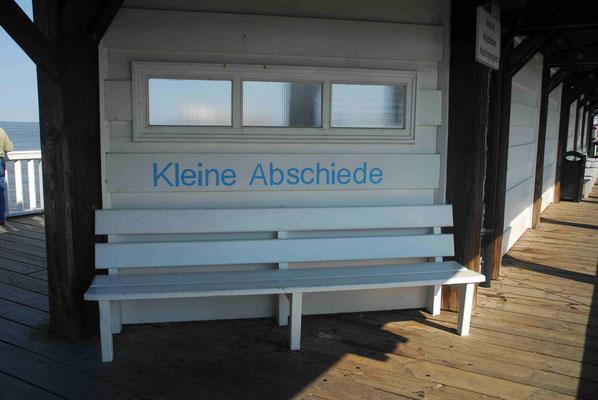 48- Bank in Cuxhaven, Kleine Abschiede an der Alten Liebe