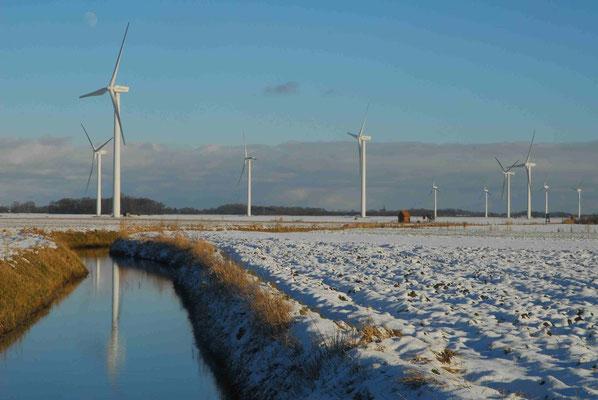 61 - Windpark Oederquart, Windrad, Windräder, Windkraftanlagen, Niedersachsen, Germany, Deutschland, Schnee, verschneit, Winter