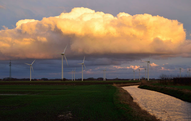 Fleth, Norddeutschland, Windräder, toller Himmel, Wolke