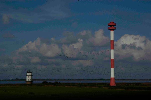 49- Leuchtturm, Leuchttürme, alter und neuer Leuchtturm in Balje