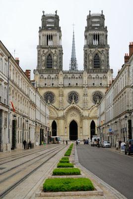 3 - Frankreich, Kathedrale von Orleans - Sainte-Croix d'Orléans im nachgotischem Stil.