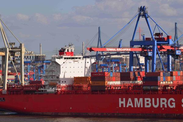 21 - Containerschiff beim Entladen im Hamburger Hafen - Hamburg Süd.