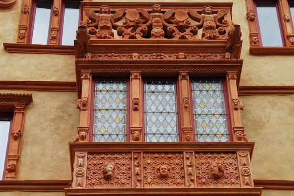 50 - Strassbourg mittelalterliche Hausfassade.