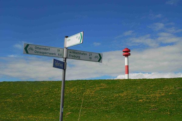 67- Wegweiser, Deich, Niedersachsen, Leuchtturm