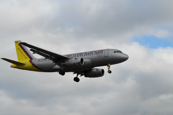 3- Flugzeug, Germanwings, Flieger