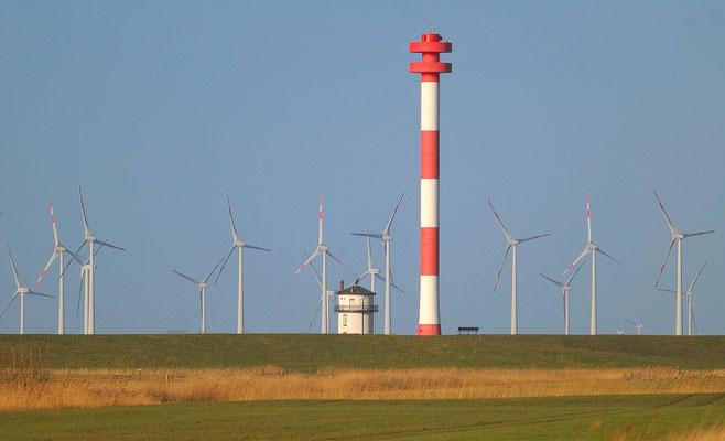 24 - Windrad, Windkraftanlage, Windkraft, Windgenerator, Ökostrom, Leuchttürmen, Leuchtturm, Elbe, Niedersachsen, Schleswig Holstein, Balje