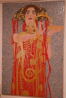 63- Mosaik aus Briare, Frau im Jugendstil